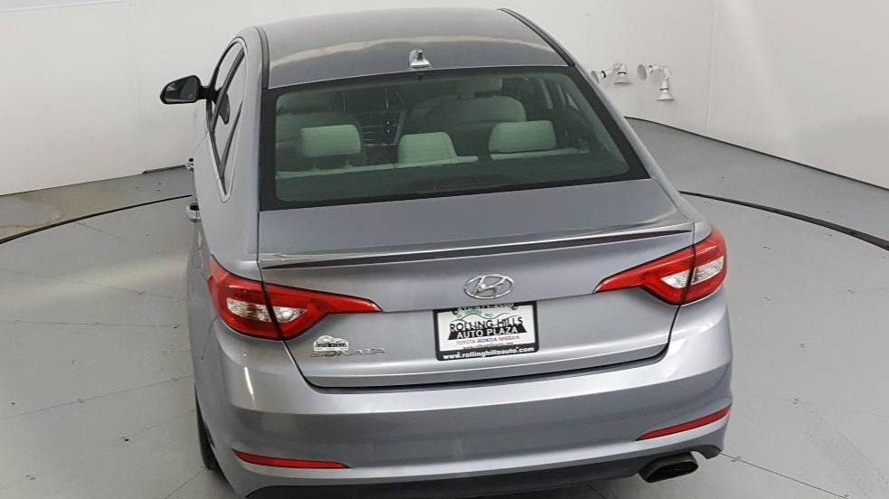 2016 Hyundai Sonata 4dr Car